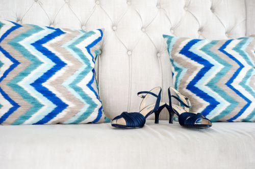 wedding shoes. wedding details. blue shoes. something blue ma wedding photographer