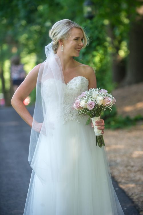 Sturbridge wedding, old sturbridge village. class wedding.  ma wedding photographer.  affordable wedding photography