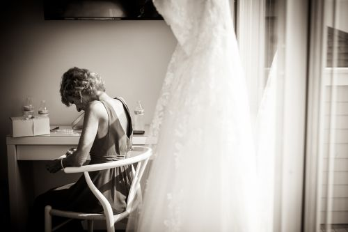 morning vows.  love notes wedding day. quiet moments wedding day ma wedding photographer the knot